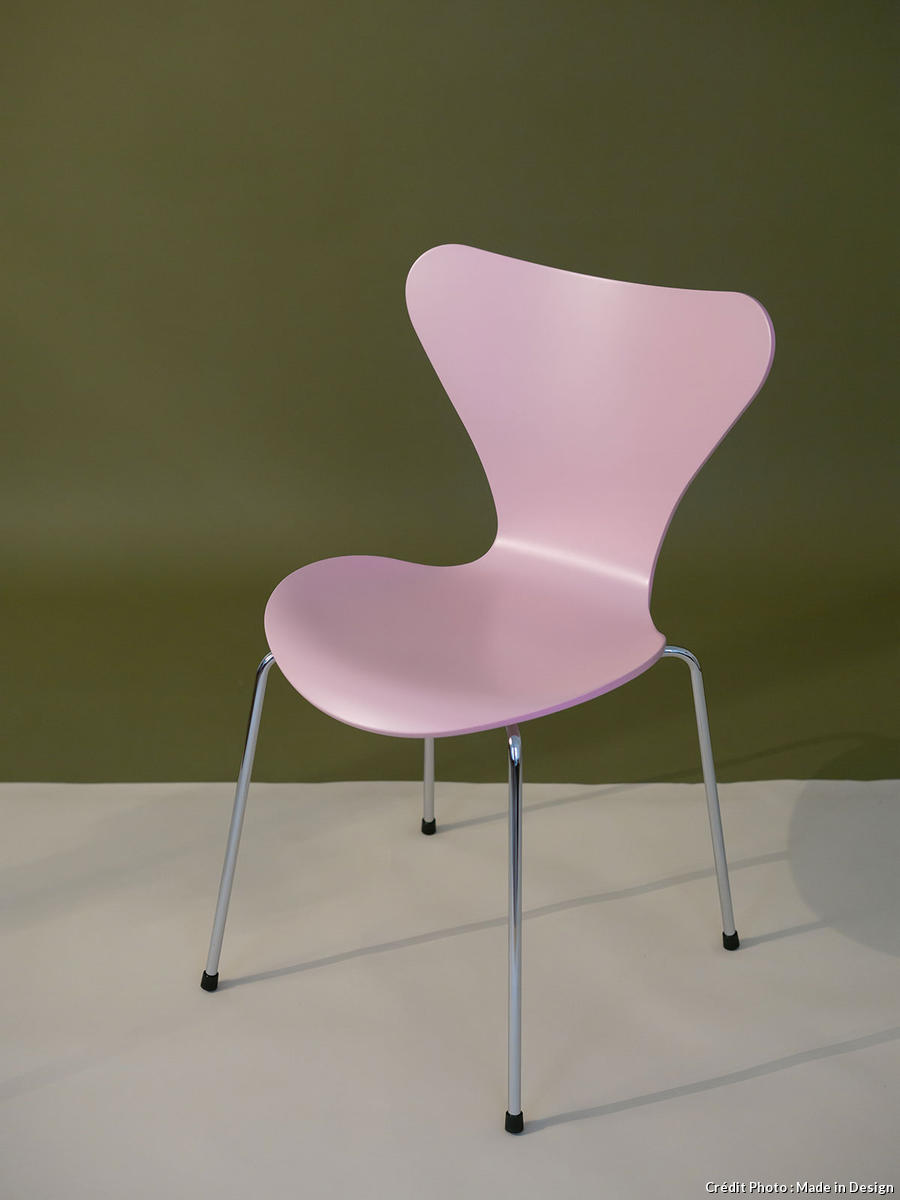 chaise rose Fritz Hansen