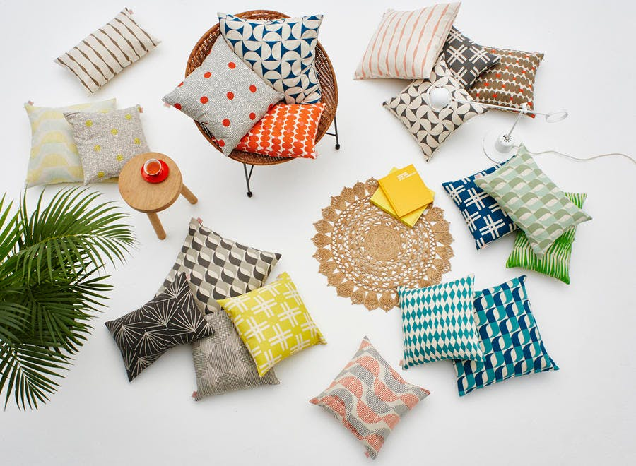 Marque de textile Skinny LaMinx collection cushions flatlay