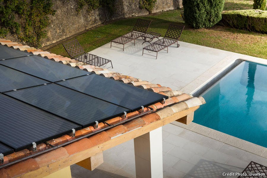 Toiture solaire pour pool house